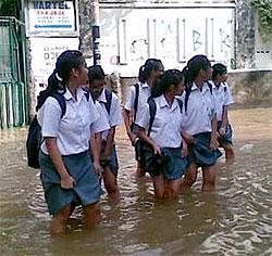 overstroming thailand Overstromingen in Bangkok gevaarlijk voor toeristen?