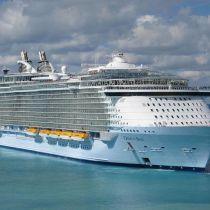 Grootste cruiseschip ter wereld maakt zich gereed voor haar eerste tocht