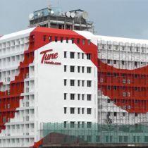 Tune Hotels opent eerste hotel in Londen