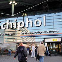 Terrorist op Schiphol aangehouden