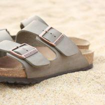 Reiziger kiest vaker voor multicunctioneel schoeisel