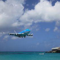 KLM blijft wel op Sint Maarten vliegen