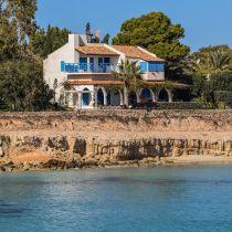 Steeds meer Nederlanders kiezen voor vakantiehuis aan zee