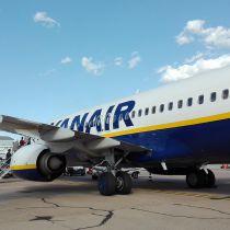 Cabinepersoneel Ryanair staakt dinsdag in Eindhoven