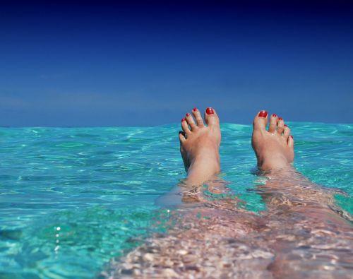 Consument past boekingsgedrag vakantie aan